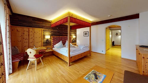 hotelalpenstolzbedroom.jpg