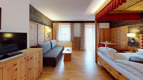 hotelalpenstolzbedroom1.jpg